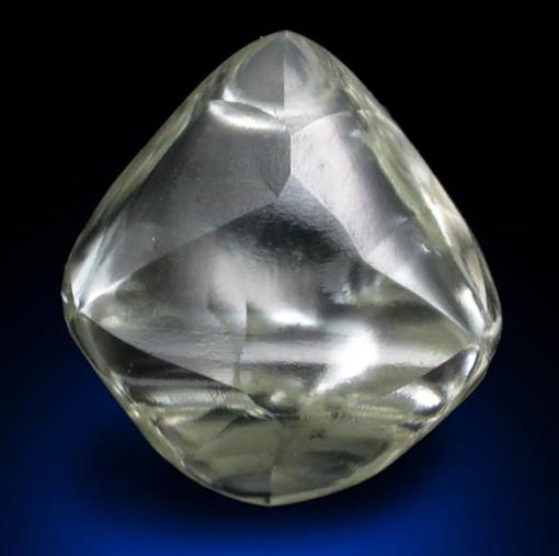 hvad består diamanter af