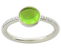 Ring med peridot og diamanter