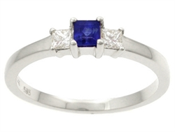 Safir ring med diamanter